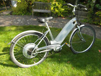 Genuine early 'Select six' electric bike by Raleigh. Built in Nottingham around 1997.
