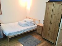 TWO Spacious Double Rooms in Cosy Flatshare