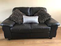 Dark brown/black leather suite