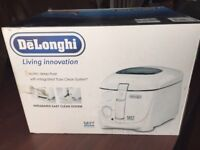 Delonghi Electric Deep Fat Fryer 1800w, Easy Clean, BNIB