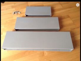 Set of 3 floating wall shelves silver grey
