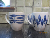 LARGE FISH MUGS X 4