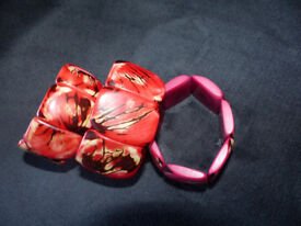 TAGUA NUT BRACELETS. TOTALLY HYPOALLERGENIC. Expandable.