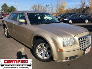 2006 Chrysler 300 TOURING ** SUNROOF, AUX INPUT**