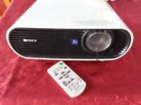 Sony Data Projector + Screen + Mount - Excellent Condition