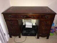 Study desk/bureau for office