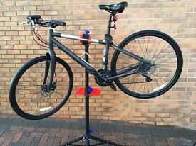 Giant Seek 3 Hybrid Bicycle