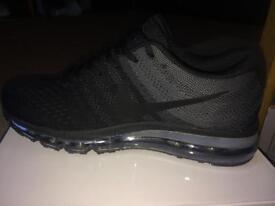 Nike air 2017 model size 8-9