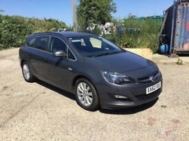 2012 , 62 REG VAUXHALL ASTRA ECOFLEX ESTATE ONE OWNER FULL SERVICE HISTORY IN VGCONDITION SAT NAV