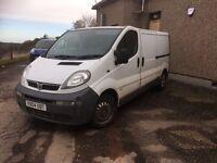 *** Vauxhall vivaro 2004 diesel spaires or repairs swap px car van ***