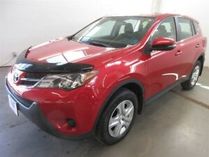 2015 Toyota RAV4 LE- AWD! BLUETOOTH! SAVE!