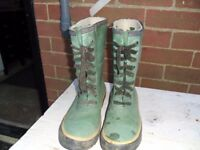 Men's forest green insulated lace up wellington boots