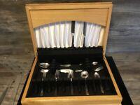 Heirloom 62 pc silver plate cutlery set in a beautiful oak canteen