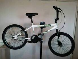 BMX BICYCLE FULLY WORKING BARGAIN ONLY £30