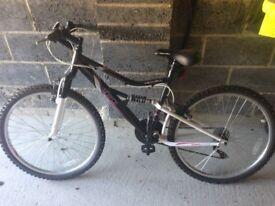 Apollo Spiral Women's/Girls Mountain Bike (26inch wheels)
