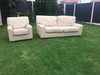 Stunning Marks & Spencer Lincoln leather sofa & armchair immaculate can deliver