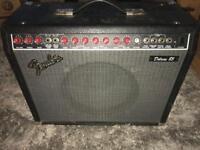Fender deluxe 85 200 watts amplifier
