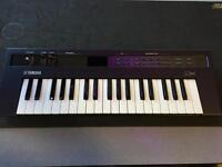 Yamaha reface dx keyboard synth with midi and original box etc