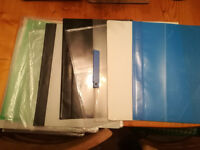 15 Plastic folders & 50xUnopened plastic wallets plus a stack of opened wallets