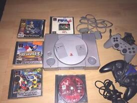 SONY PLAYSTATION , PS1 BUNDLE