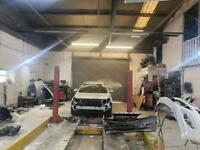 To let rent car MOT and mechanical workshop, bodyshop garage