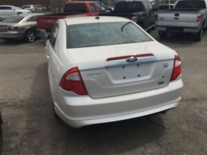 2010 Ford Fusion SEL 3.0L V6 * AWD * LEATHER * POWER ROOF London Ontario image 7