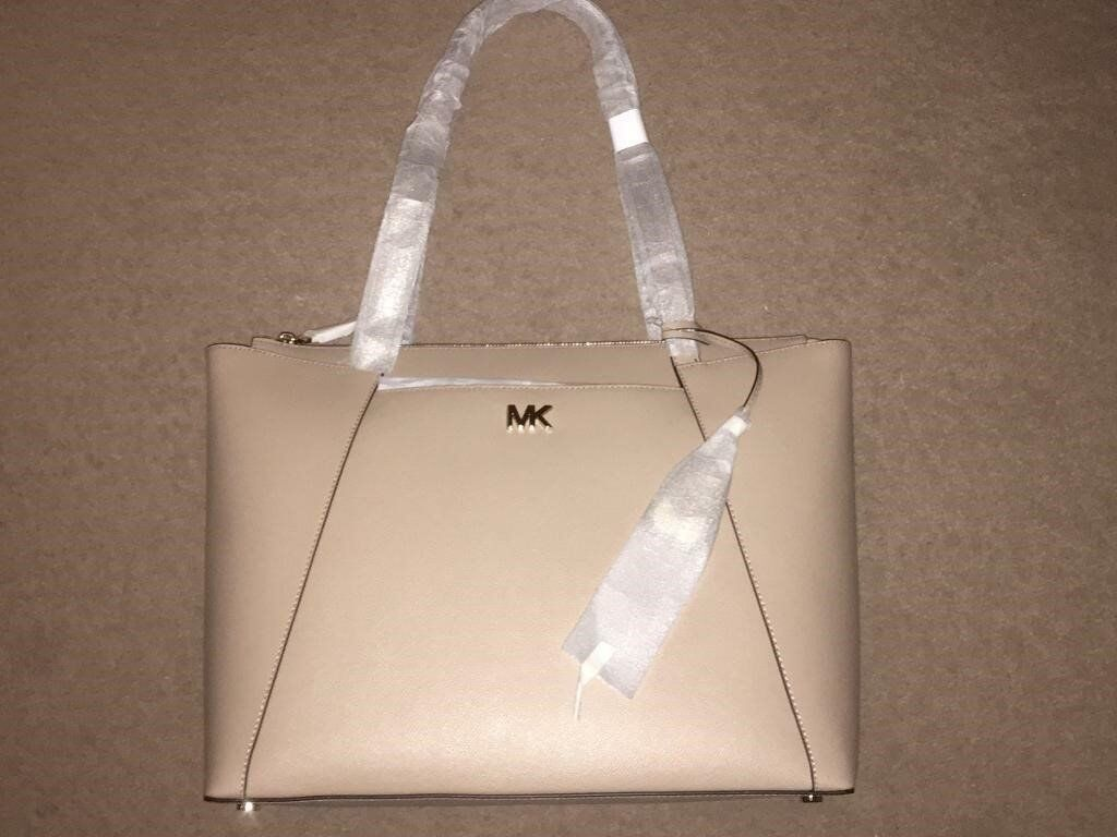 fb7d059a9695 ( New ) Maddie Medium Crossgrain Leather Tote - truffle | in City of ...