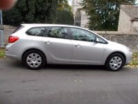 Vauxhall Astra Estate 1.7 CDTi 1 Owner Excellent condition both inside & out.