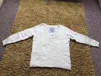 Brand new with tag Ladies Ivory Superdry jumper size large.