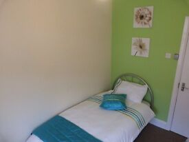 BEDSIT/ROOM IN SHARED ACCOMMODATE - FULLY FURNISHED INCLUDING ALL BILLS 1 WEEKS FREE RENT NO FEES