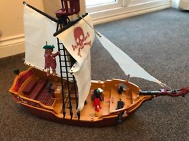 Playmobil pirate ship