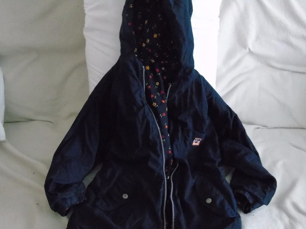 reversible children's coat, aged 6-7 years never worn