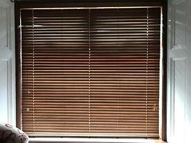 Wooden blinds - dark wood