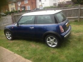 Mini Cooper fsh with chill pack