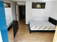 4 Bed Apartment in a private Building with Patio and Balcony in Whitechapel