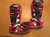Motocross boots size 7 axo