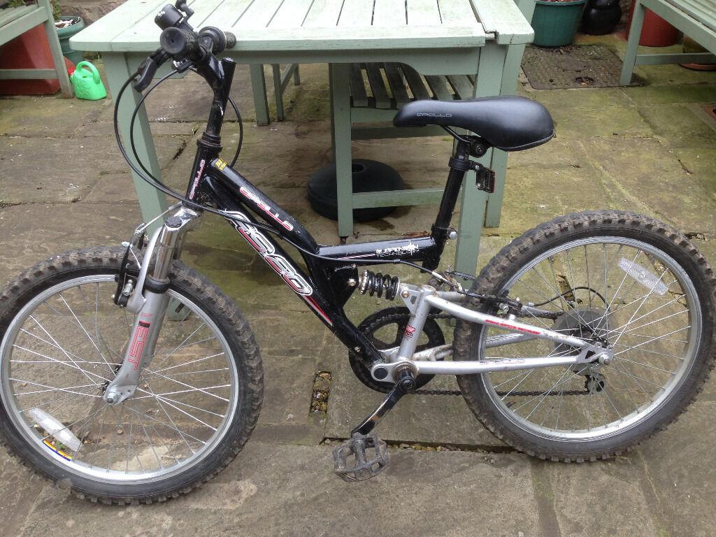 """Boys Apollo RS20 20"""" Mountain Bike, black/silver"""