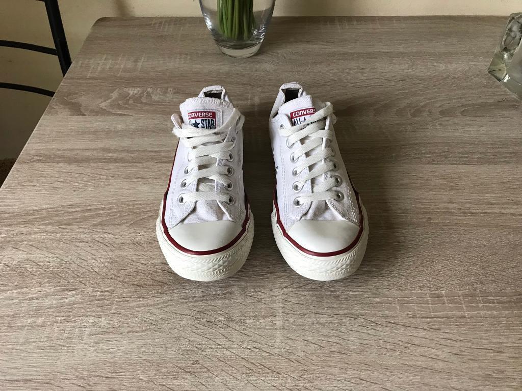 8cadcb0df50b Ladies White Converse Size 4.5