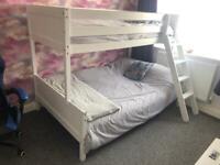 Triple sleep bunk bed
