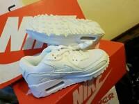 Nike air 90 kids all sizes new bargain 10 11 12 13 1 2 3 4 5 6