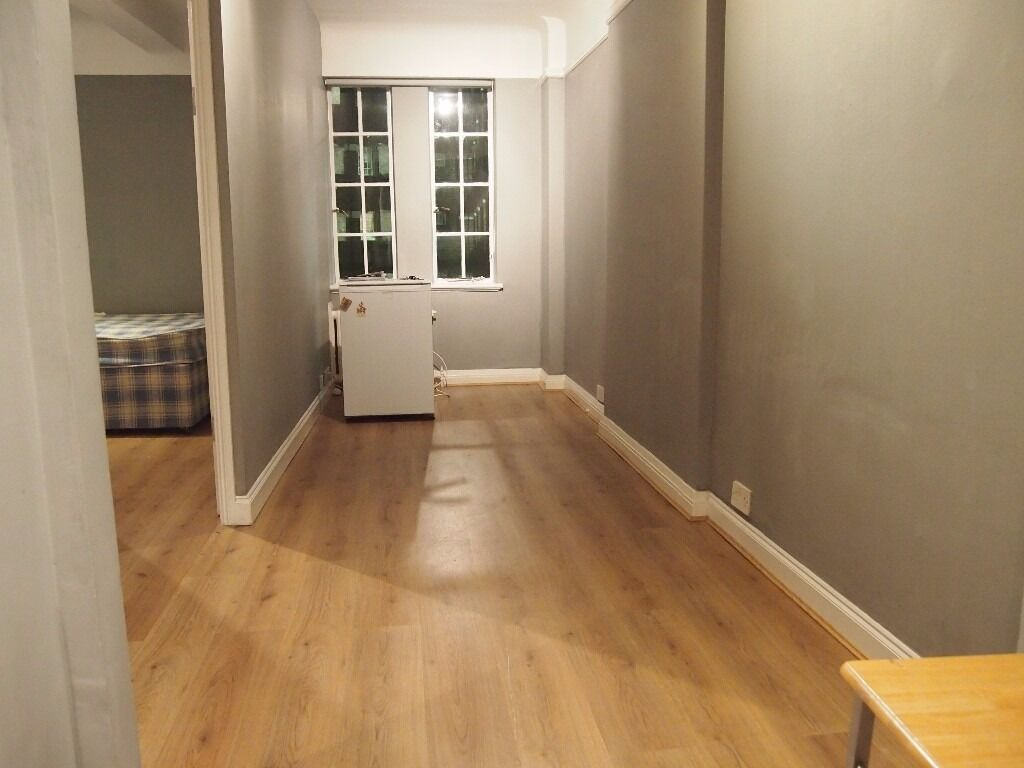 A 1st floor recently refurbished one bedroom flat including heating and hot water Hillsborough Ct