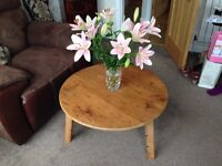 Coffee Table old pine wax polished rustic charm, round top 78 cm diameter, 46 cm high. VGC