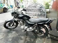 Black Yamaha YBR 125