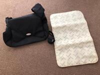 Koo-Di Changing bag in Black