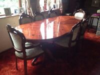 Traditional Dining Table w/Matching Display Unit