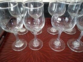 14 good quality wine glasses in excellent condition