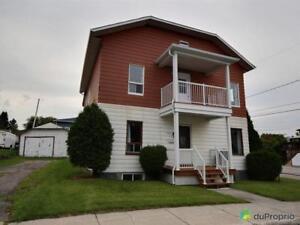 169 000$ - Maison 2 étages à vendre à La Baie