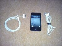 iPod Touch 64Gb, charge cable, earbuds plus Altec Lansing Dock
