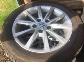 Honda Civic alloys and tyres