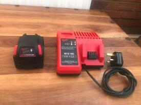 MILWAUKEE M18 4.0AH REDLITHIUM-ION BATTERY + M12-18C MULTI VOLTAGE CHARGER 240v